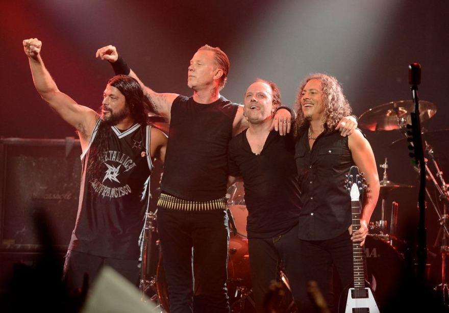 "AFP/""Scanpix"" nuotr./Grupės ""Metallica"" nariai Robertas Trujillo, Jamesas Hetfieldas, Larsas Ulrichas ir Kirkas Hammettas"