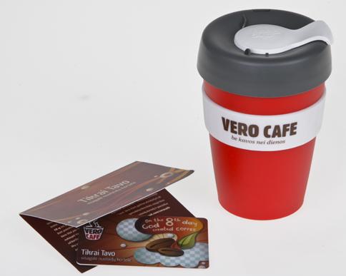 VERO CAFE puodelis  ir nuolaidų kortelė