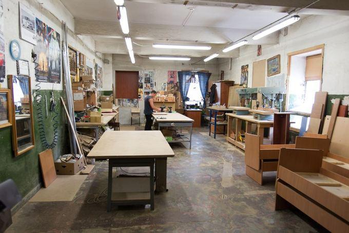 Мастерские, в которых производят мебель