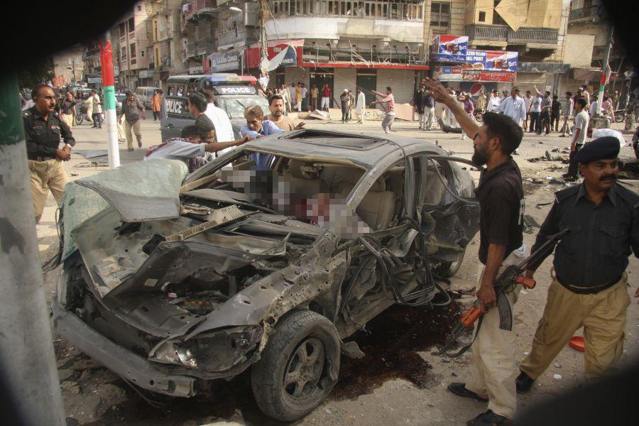 Sprogimas Karačyje