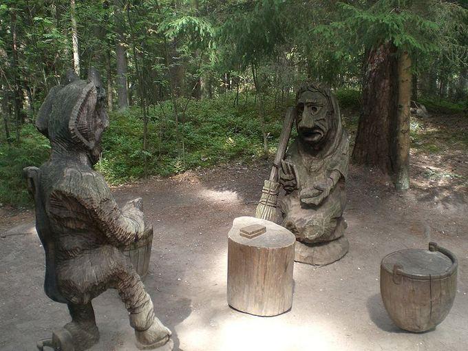 Wikimedia.org nuotr./Lietuvos pajūris: Juodkrantė  ten, kur oaia puays, kvepia rūkytas karais ir klykia kormoranai