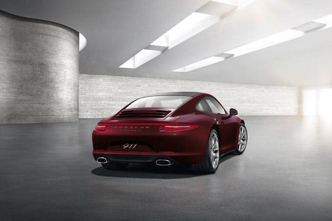 Porsche nuotr./Porsche 911 GUM Red Square Edition