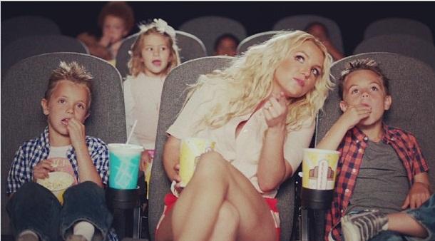 Britney Spears su sūnumis Seanu Prestonu ir Jaydenu Jamesu
