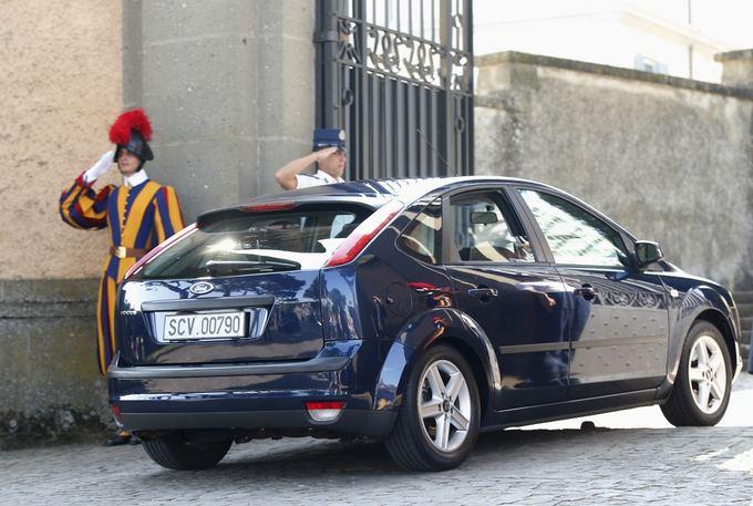 Naujasis popiežiaus Pranciakaus automobilis
