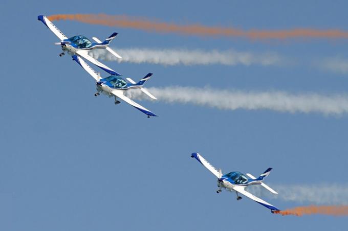 Auto Sporto Fanas Asociacija nuotr./Lėktuvų pasirodymas