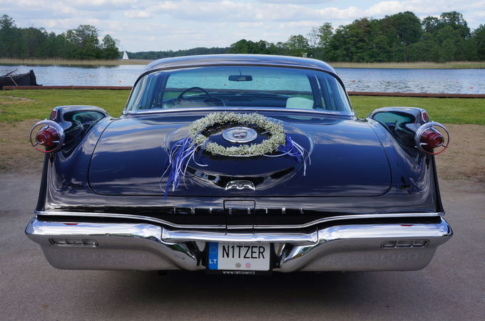 (Retrorent.lt nuotr.)/1960 m. Chrysler Imperial