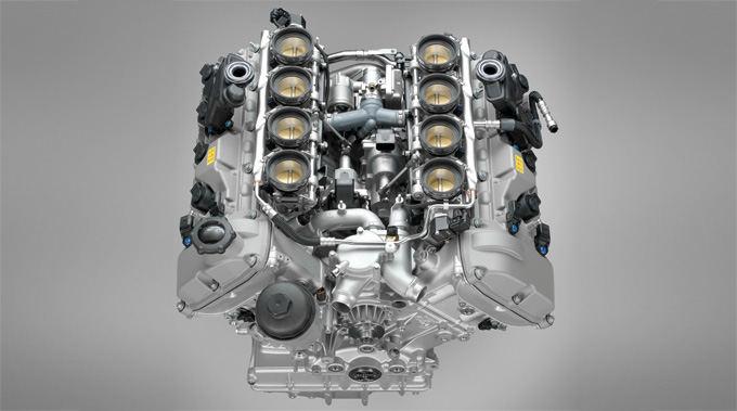 BMW nuotr./BMW M3 V8 variklis