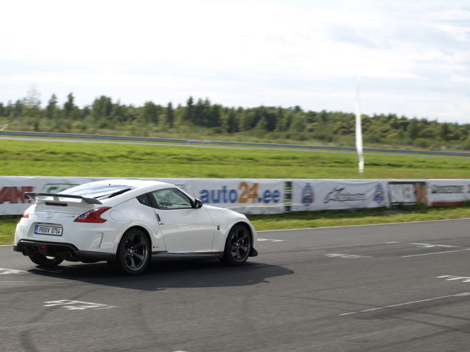 (Sauliaus Rinkevičiaus/15min.lt nuotr.)/Nissan 370Z Nismo