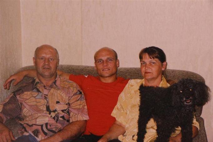I.Podelio/Sekunde.lt nuotr./Dainius Miliukas su tėvais