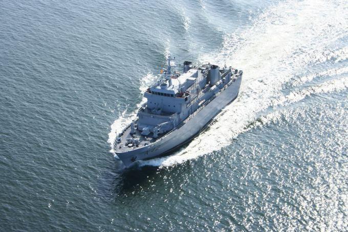 Karinių Jūrų Pajėgų nuotr./Baltijos aalių karinių laivų junginiui (angl. Baltic Squadron, BALTRON) priskirtas Lietuvos Kariuomenės Karinių jūrų pajėgų (KJP) aprūpinimo laivas N42 Jotvingis