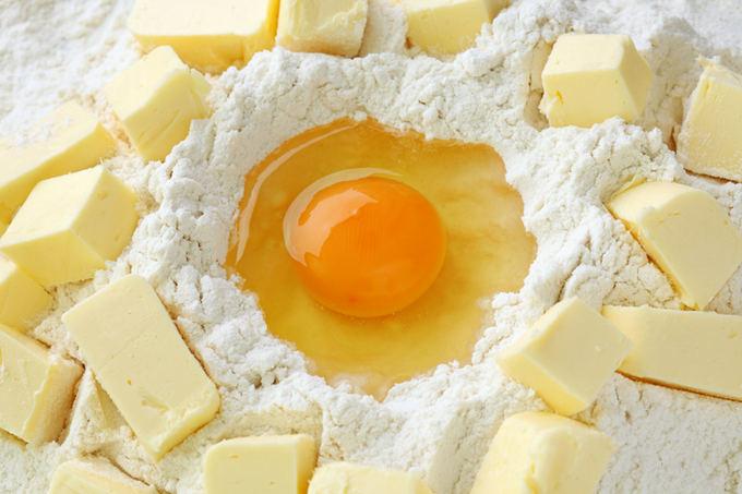 Shutterstock nuotr. / Gaminant sausainių tealą