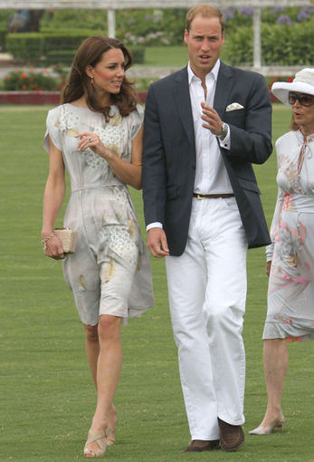 Catherine su princu Williamu lankosi Santa Barbaroje.