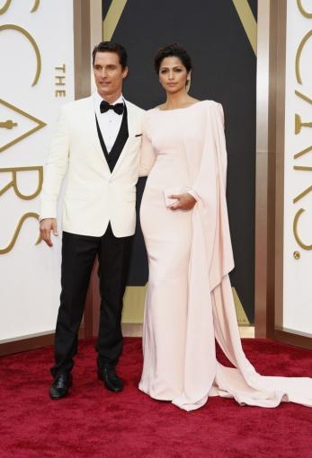 """Reuters""/""Scanpix"" nuotr./Nominantas Matthew McConaughey ir Camila Alves"