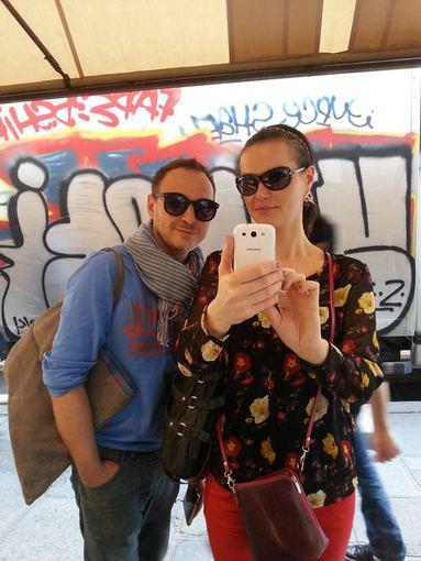 Asmeninio albumo nuotr./Aistis Mickevičius su bičiule Aušra Paryžiuje