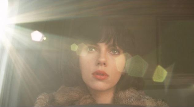 "Scarlett Johansson filme ""Po Oda"""