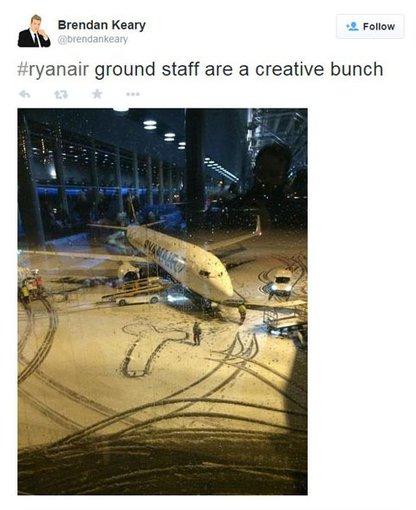 """thetelegraph.co.uk užfiksuotas stop kadras/""""Ryanair"""""""