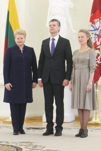 Juliaus Kalinsko/15min.lt nuotr./Dalia Grybauskaitė ir Darius Jauniškis su žmona