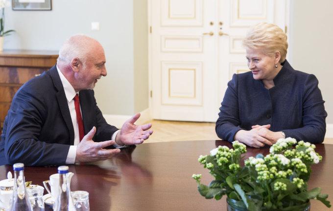 Luko Balandžio / 15min nuotr./Dalia Grybauskaitė, švelniai tariant, nepritarė Valentino Mazuronio troškimui ministru paskirti A.Petkų