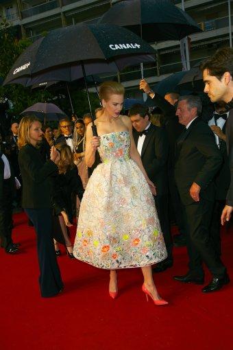 """Vida Press nuotr./Nicole Kidman 2013 m. Kanų kino festivalyje, vilkinti """"Dior"""" haute couture suknelę"""