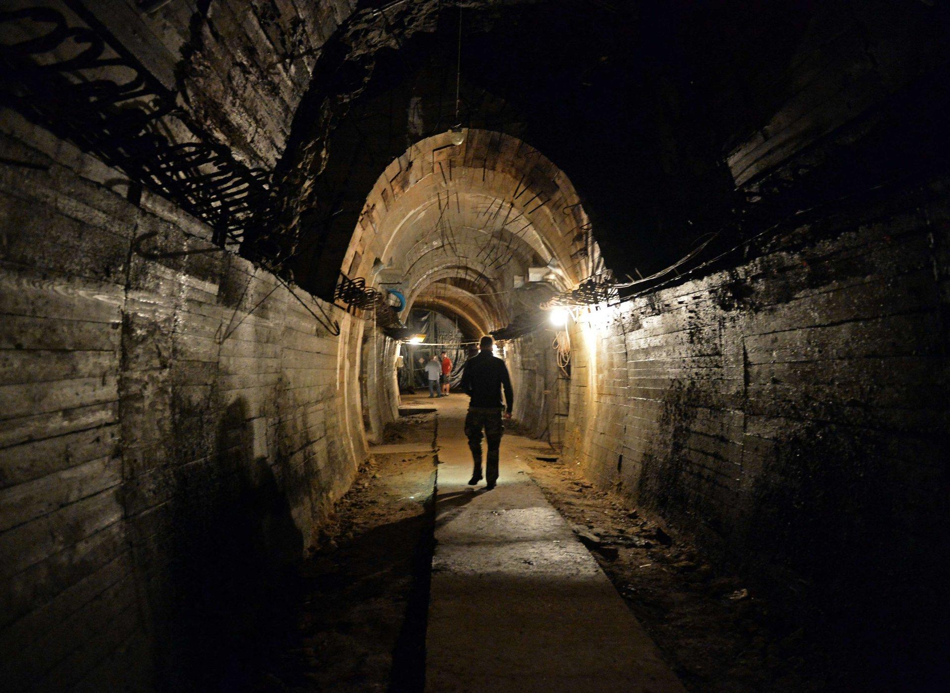 varpos tunelis