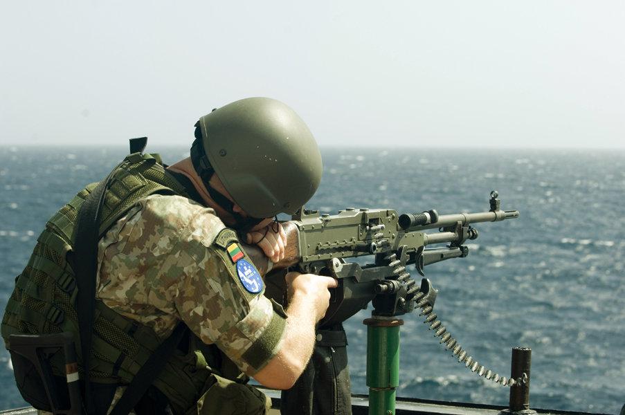 Lietuvos kariai prie Somalio krantų