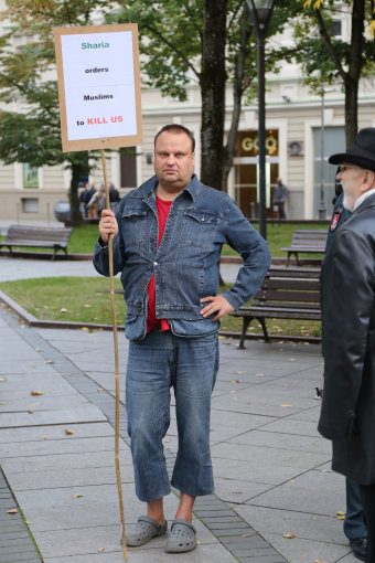 Juliaus Kalinsko/15min.lt nuotr./Protestas pries imigraciją Vilniuje