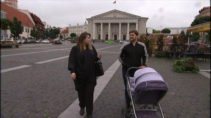 Stop kadras/Merūnas ir Erika Vitulskiai su sūnumi