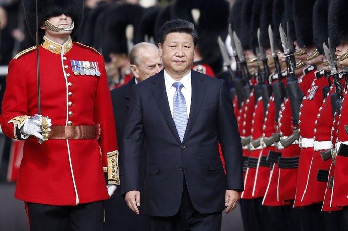 """AFP/""""Scanpix"""" nuotr./Kinijos prezidento Xi Jinpingo vizitas Didžiojoje Britanijoje"""
