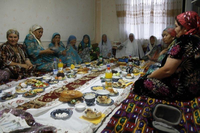 Asmeninės nuotr./Ramadano (musulmonų pasninko mėnesio) pabaiga švenčiama su gausybe svečiu ir vaišių
