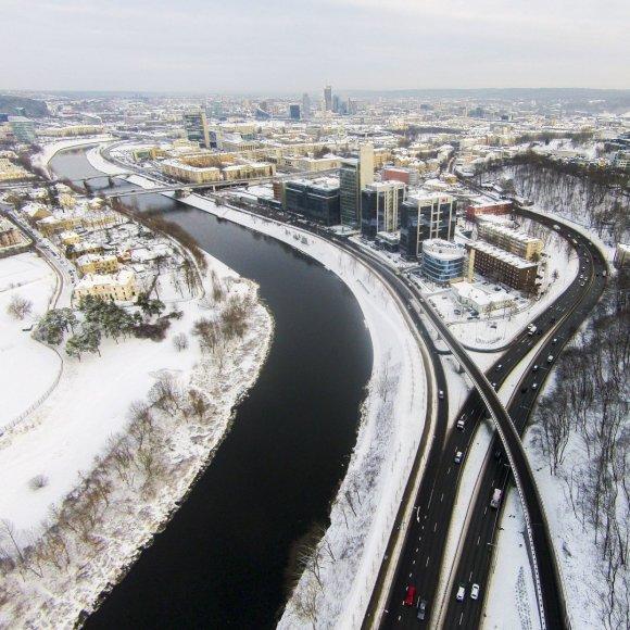 Irmanto Gelūno/15min.lt nuotr./Žiemiškas Vilnius iš aukštai