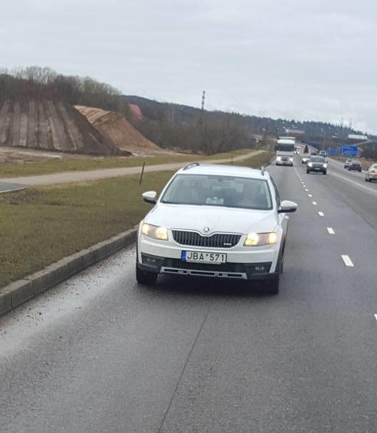 Naujasis nežymėtas Kauno policijos automobilis