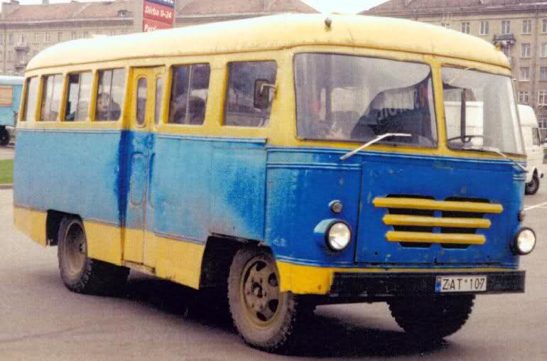 """Retromobile"" nuotr./KAG autobusas Vilniaus gatvėse"