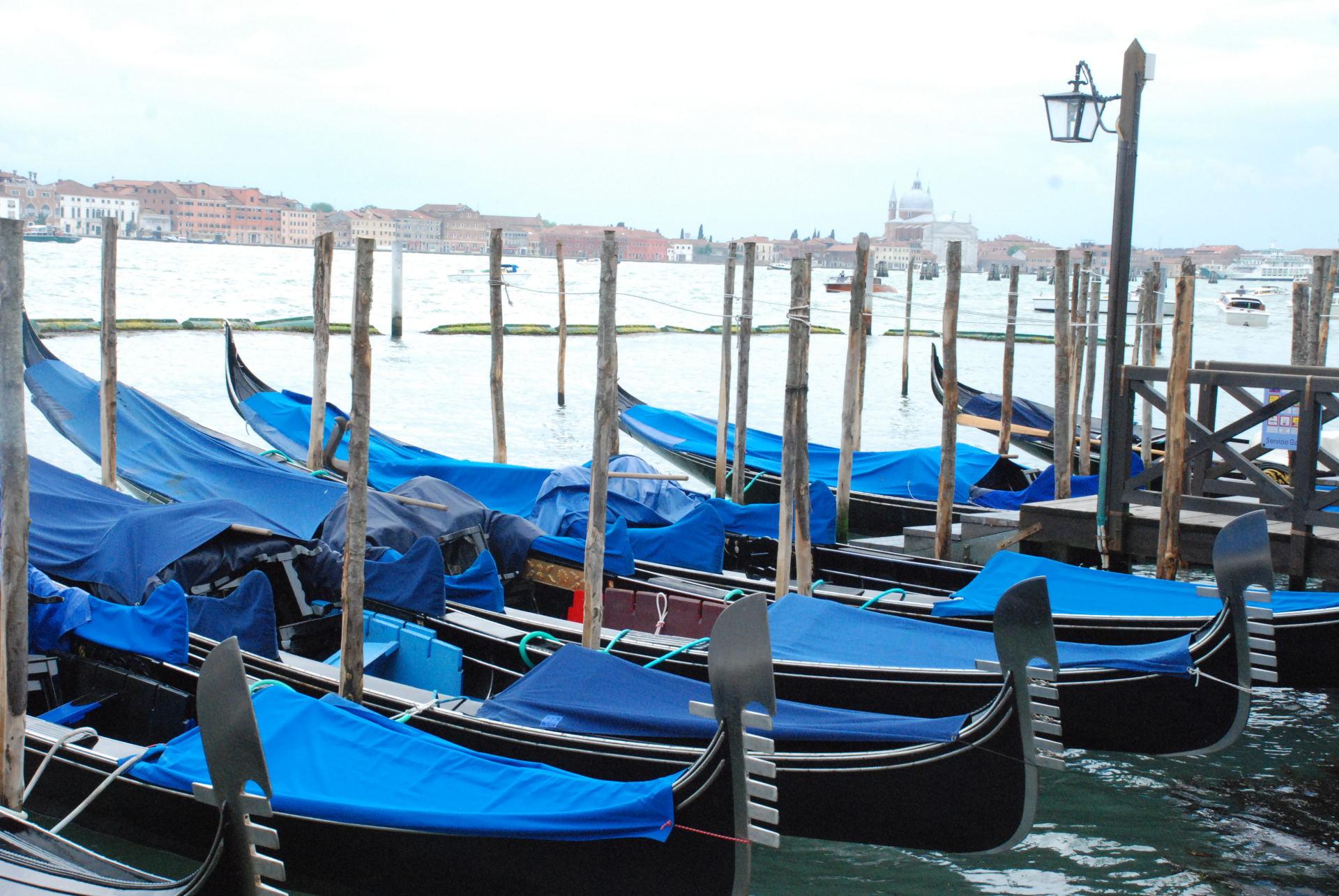Kaip užsidirbti pinigų venecijoje.