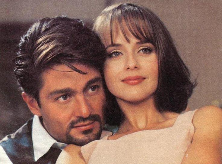 """Serialo kūrėjų nuotr./Fernando Colunga ir Gabriela Spanic seriale """"Apgavystės"""" (1998 m.)"""