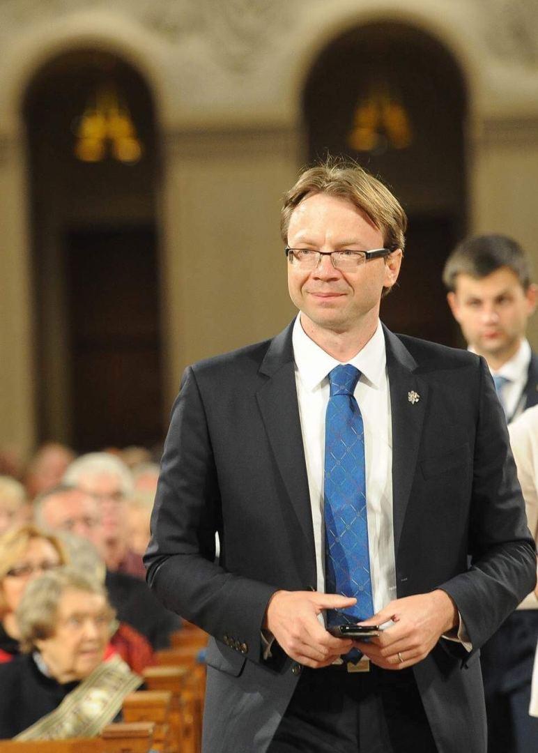 Darbą pradeda premjerės patarėjas užsienio politikai ir ES Rolandas Kriščiūnas
