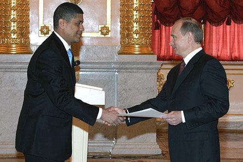 Kremliaus nuotr./Fausto Abeso su Vladimiru Putinu