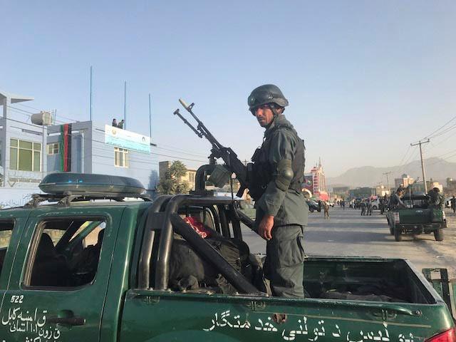 Prie kriketo stadiono Kabule susisprogdino mirtininkas