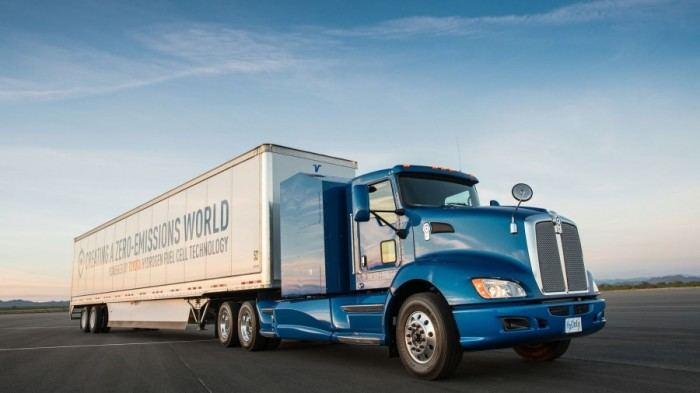 """""""Toyota Motor North America""""  pristatys vandeniliu varomą vilkiką"""