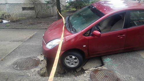 """Kauniečio """"Toyota Prius"""" po incidento"""