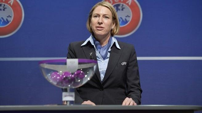 UEFA atstovė Anne Vonez nualpo per moterų Čempionų lygos burtų procedūrą.