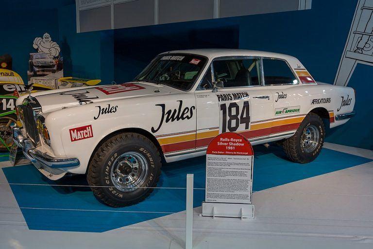 """Taip atrodė stipriai modifikuotas Paryžiaus-Dakaro bolidas """"Rolls-Royce Corniche"""""""