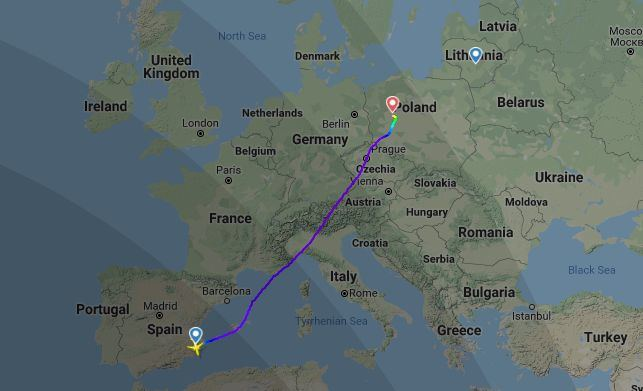 """""""Ryanair"""" lėktuvas iš Alikantės Kauno nepasiekė – turėjo leistis Poznanėje"""