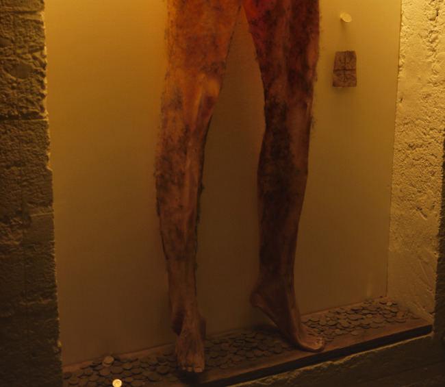 """Islandijos burtų ir raganystės muziejuje saugomos """"negyvėlio kelnės"""""""
