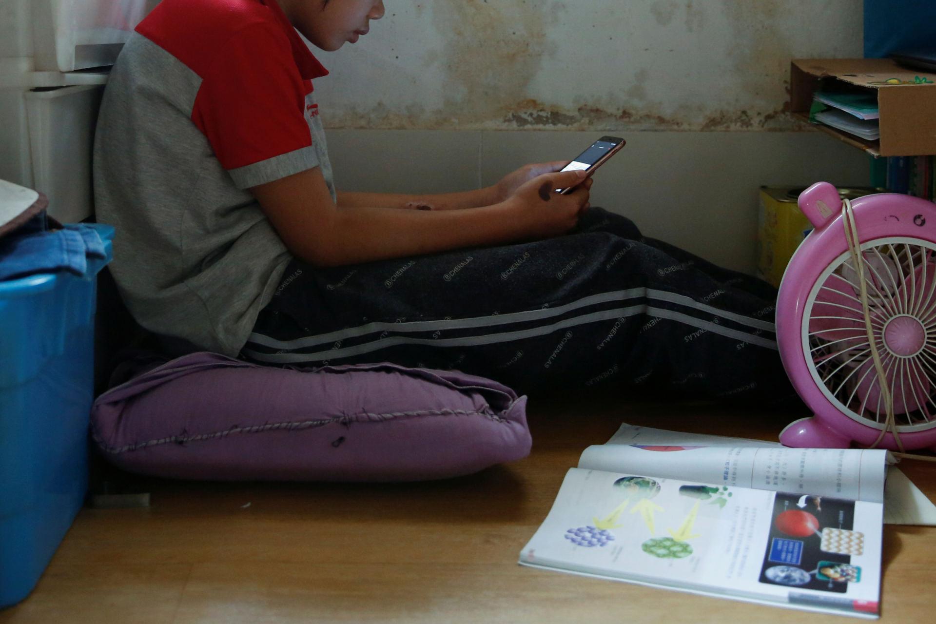 dirbti iš namų kaip studentas)