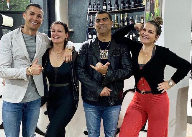 Cristiano Ronaldo ir seserys