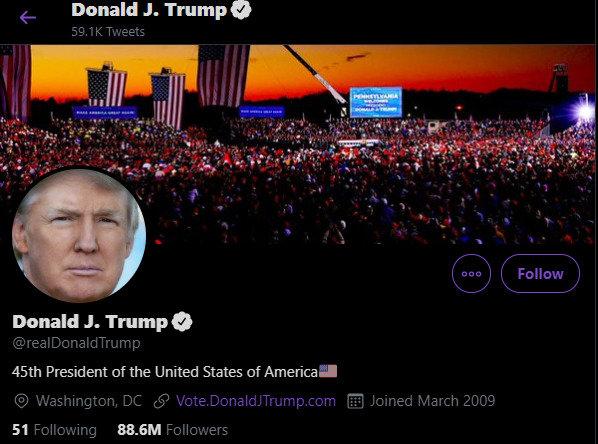 """Donaldo Trumpo """"Twitter"""" paskyra"""