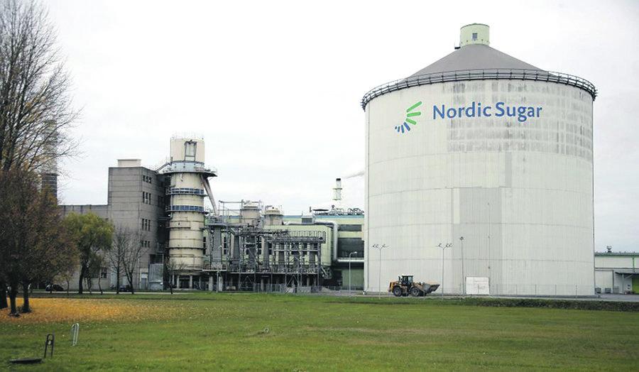 """Antrus metus iš eilės """"Nordic Sugar Kėdainiai"""" gamykla turi aiškintis dėl vandens telkinių taršos."""