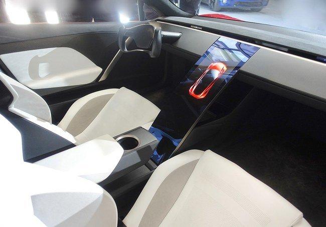 """Tesla Roadster"" interjeras ©Steve Jurvetson (CC BY 2.0)   commons.wikimedia.org"