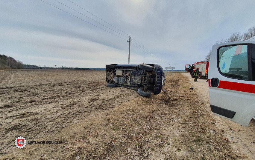 Kelių policija: naujas pavojus pavasarį keliuose – žemės ūkio technika