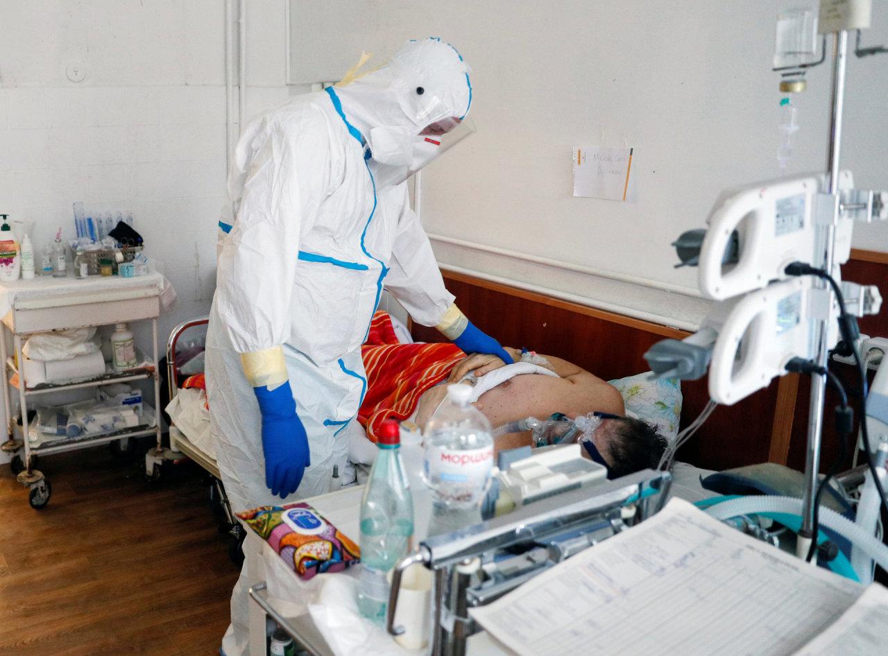 Ukrainoje – beveik 2,5 tūkst. naujų COVID-19 atvejų, 166 užsikrėtusieji mirė